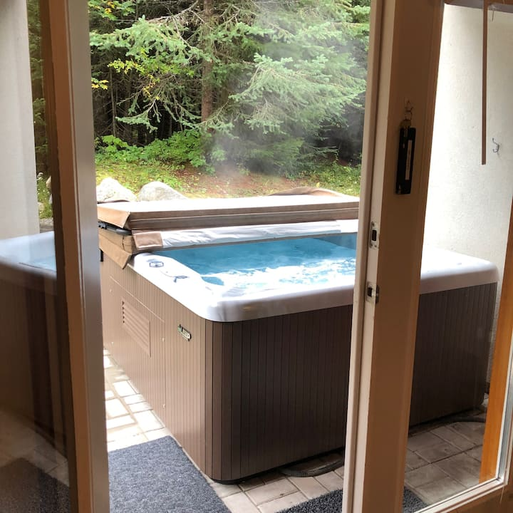 17 Timberline-Private hot tub/SKI-IN/main flr