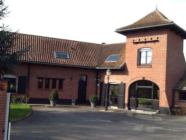 Chambre de charme campagne Lilloise - Radinghem-en-Weppes - Casa