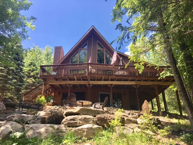 Lakefront Stone Haven Lodge- Poconos Resort Home!