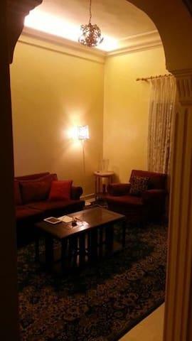 Big room in Charming flat - Beirut - Apartmen