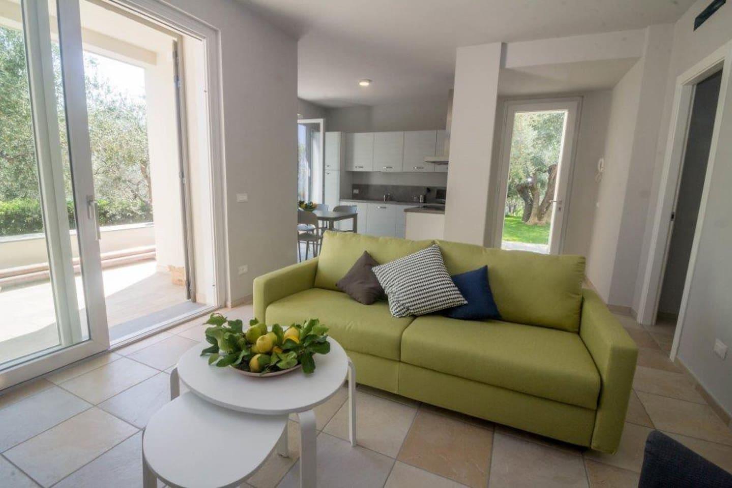 Appartamento Sole a Ponente, il soggiorno open space e cucina.