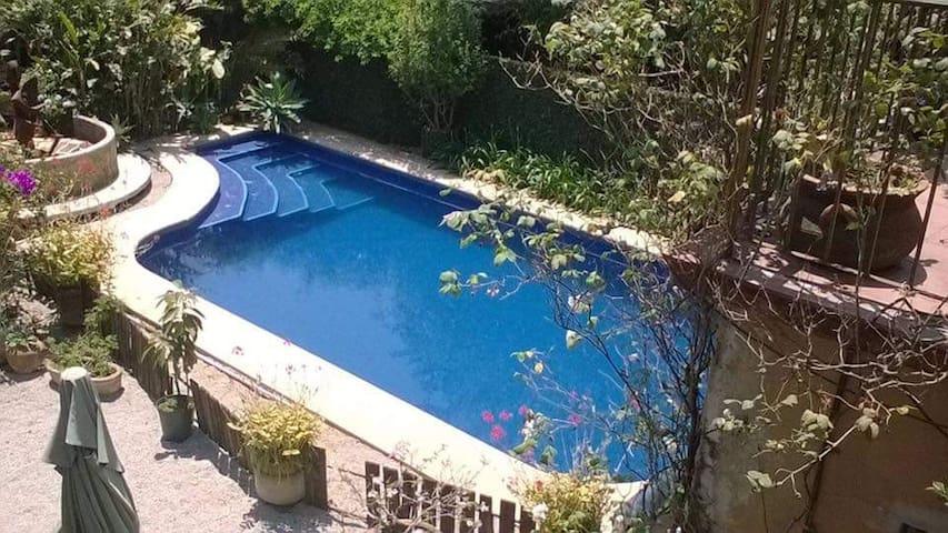 Loft con terraza privada,hermosa vista y piscina.
