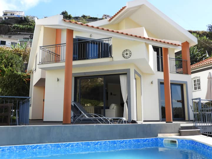 Fabulous Luxury Vila Juntos, 3 bedrooms and pool
