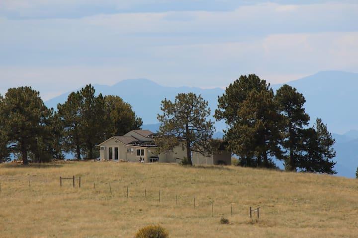 Alpine Vista at Trails End - Views, Views, Views!
