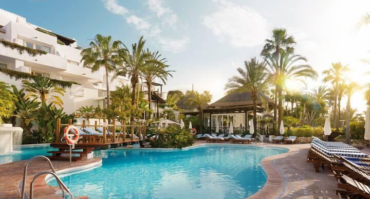 Luxury penthouse Puento Romano,  Marbella
