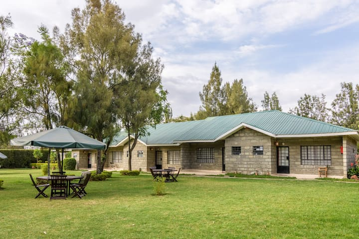 Fina Gardens Resort