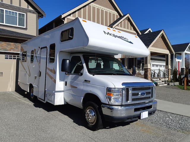 Explore Beautiful BC in our Class C Motor home!