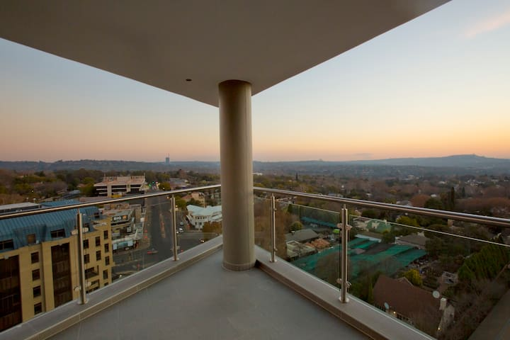 The APEX on Smuts Unit 501 - Johannesburg - Apartment