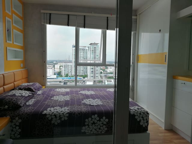 New home 17th fl., near Skytrain 300 m.5 min.walk!