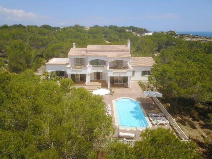 Villa Tramuntana con piscina, alta turistica