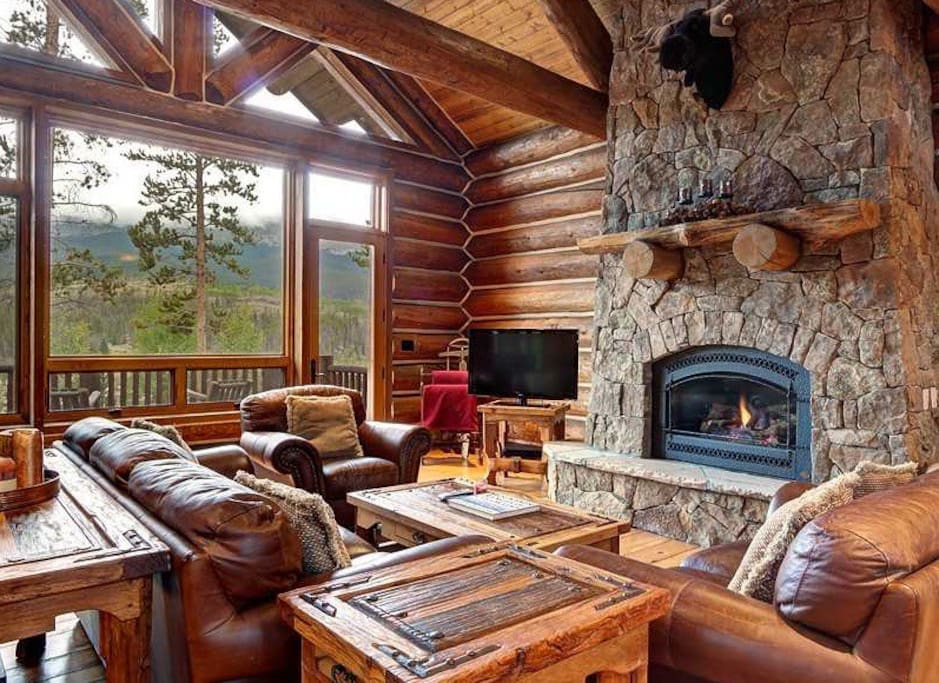 Majestic Family Room
