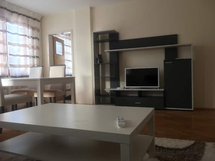Stylish flat near centre