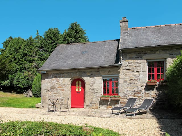 Charming stone house Marie House with shared use of whirlpool and spa