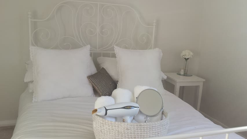 Cosy & Stylish bedroom in the heart of Leamington - Warwickshire - Rumah