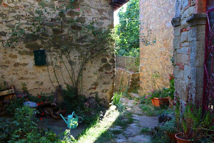 Il Poggio piccolo borgo nel cuore del Chianti - Greve in Chianti - Talo