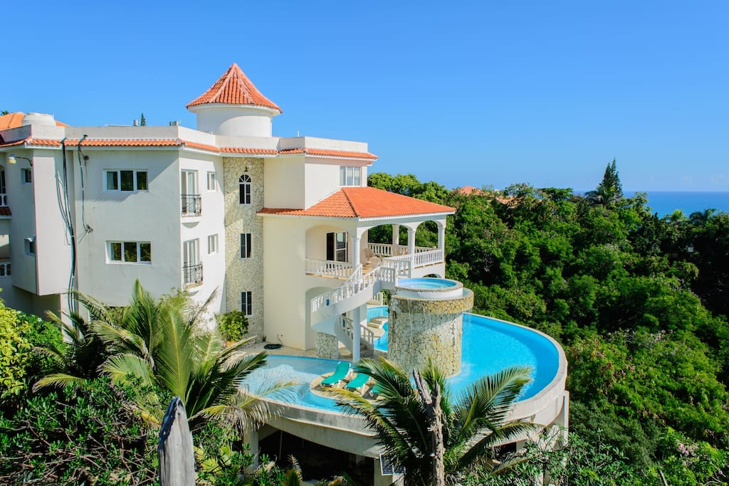 The villa is located in Playa Cofresi.