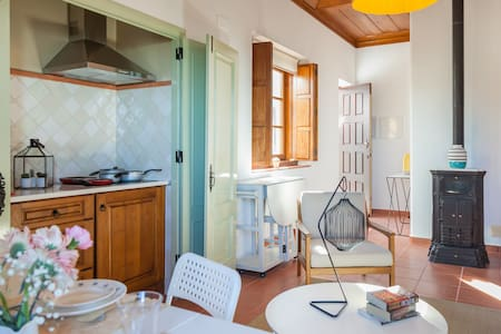 2 Bedroom Boutique guest house in Sintra - シントラ