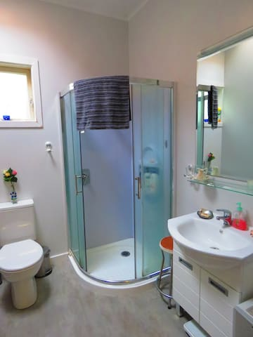 New bathroom with high pressure shower!