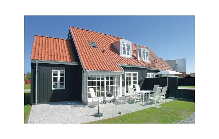 Holiday apartment with 3 bedrooms in Skagen