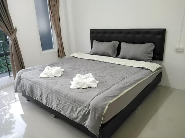 Aircon rooms with private entrance.