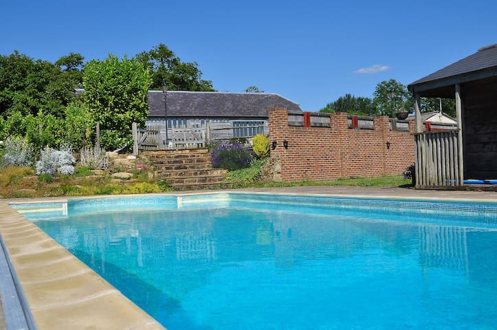 POOL OPEN APRIL TO SEPTEMBER