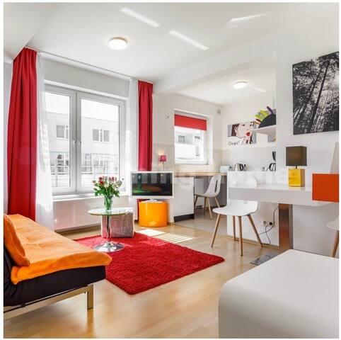 Roof top Studio, save, clean, modern,  Wifi