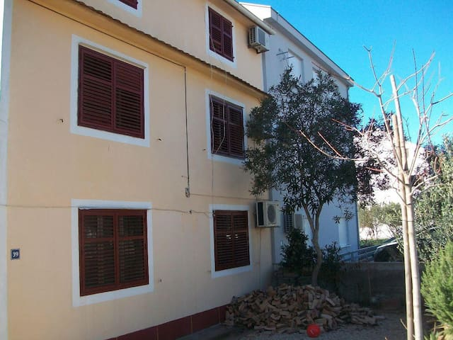 Two bedroom apartment with balcony Biograd na Moru, Biograd (A-11380-b) - Biograd na Moru - Wohnung