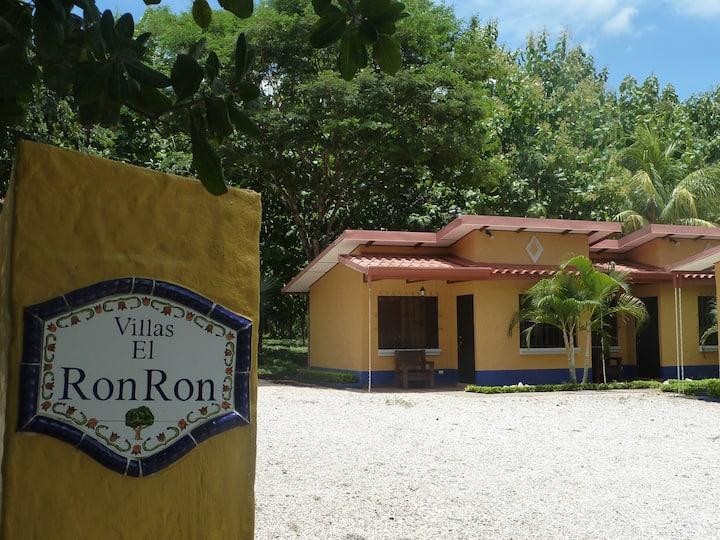 Villas Ron Ron,  Guanacaste, 4 personas, Ecologico
