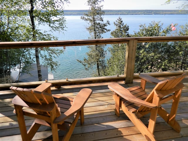 Waterfront Cottage by Bruce Trail