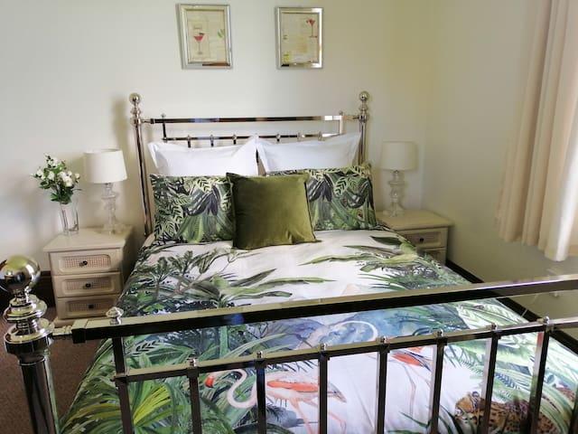 Eva's Room  - Sarjeant House Wanganui