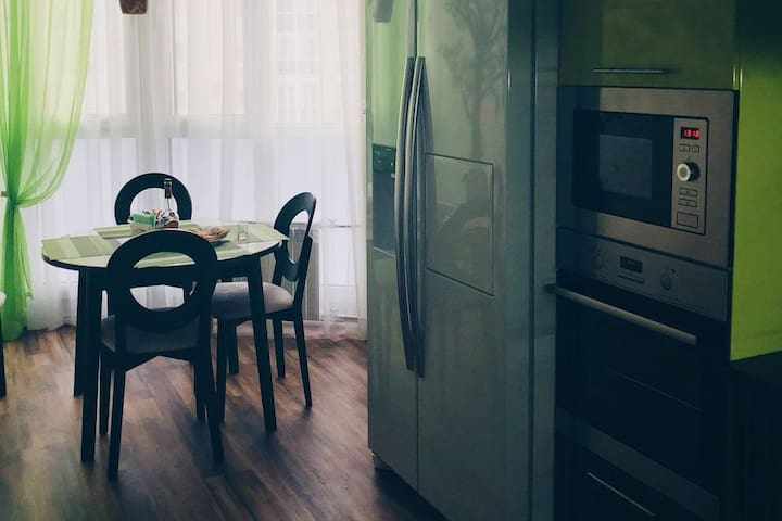 New 2-bedroom apt / Новая трехкомнатная квартира