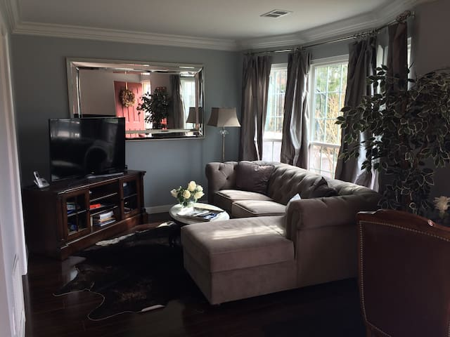 Luxurious Condo - Mahwah - Appartement