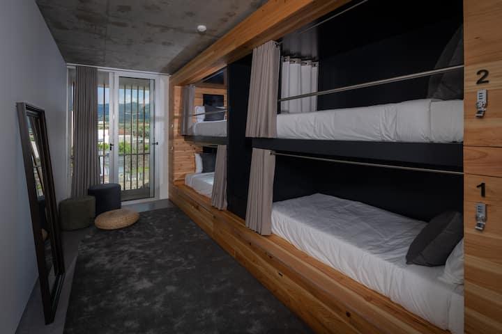 NorthShore Hostel Camarata 1 cama 1
