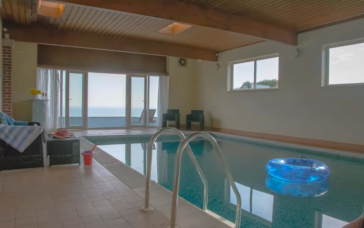 Thanckes House- large home with sea views and indoor pool