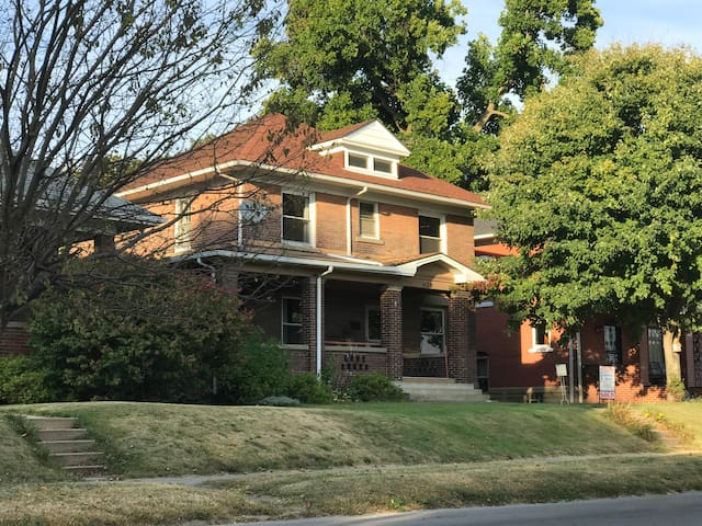 Beautiful Chicago style all brick bungalow.