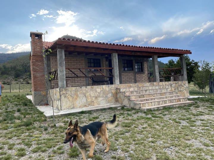 Hermosa cabaña - Arteaga, el Roble