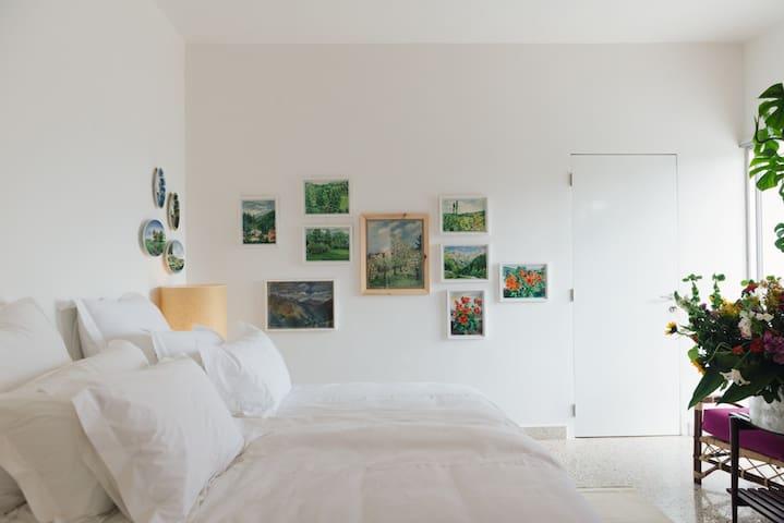 Beit El Tawlet - Mar Mikhael - Room 3