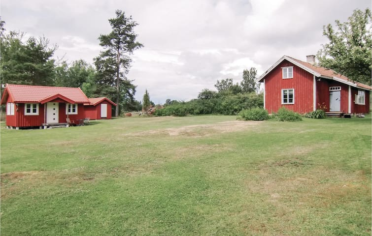 Holiday cottage with 1 bedroom on 58m² in Lidköping