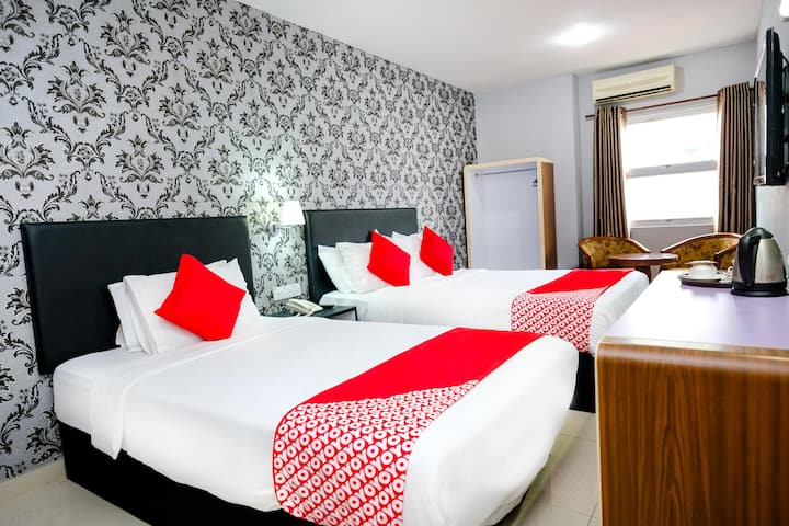 Grand City Hotel- Spacious Suite@Best Priced