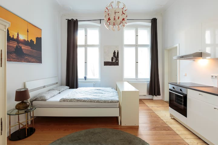 Modernes Apartment am Viktoria-Luise-Platz