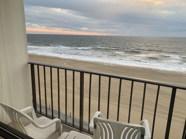 Virginia Beach Oceanfront Condo!