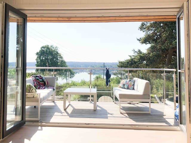 Modern, large summer house in beautiful Hvaler