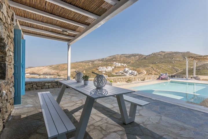 Villa Agapi_ Private Pool and private jacuzzi