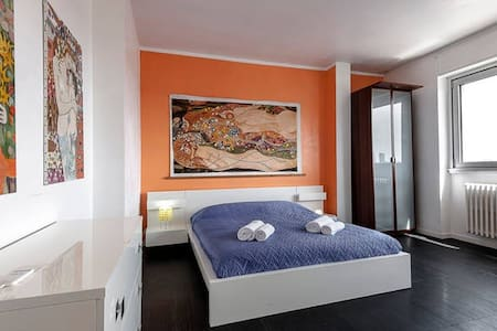 10MINUTES from Central Station - Milano - Apartment