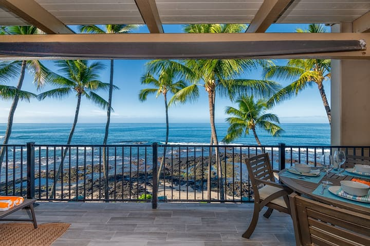 Gorgeous Oceanfront Condo - AC & Free WIFI/Parking