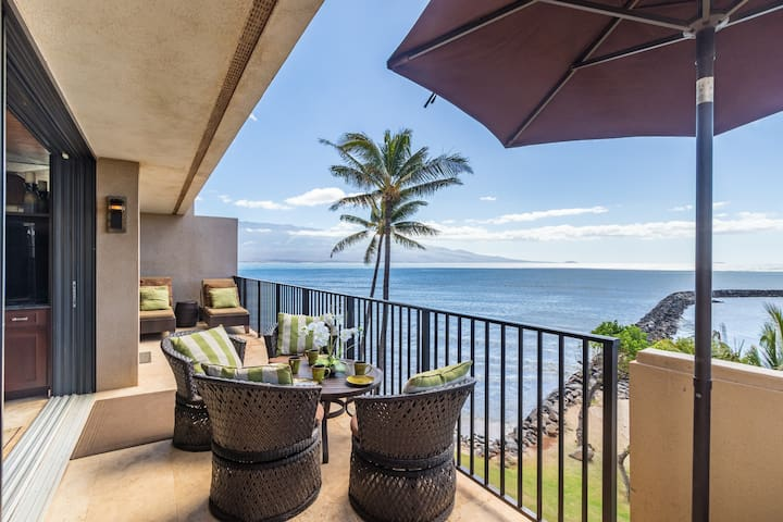 1,700 Sq Ft Oceanfront Penthouse w/Amazing Views!