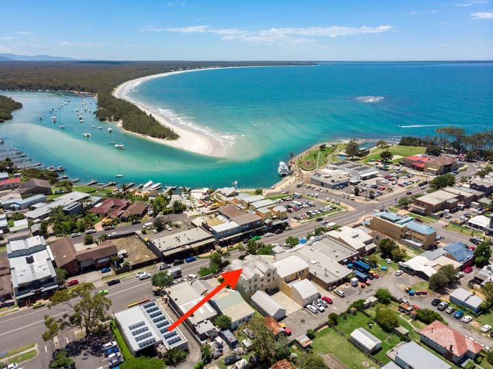 Husky Oasis - CENTRE OF HUSKISSON - ONE NIGHT STAYS AVALIABLE