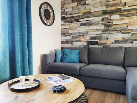 Superb cosy apt 500m from the beach for 4 people