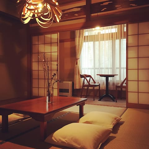 """Cosy"" Lake side Japanese traditional room No.2"