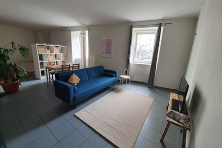 Newly furnished & cosy loft @Lausanne city center